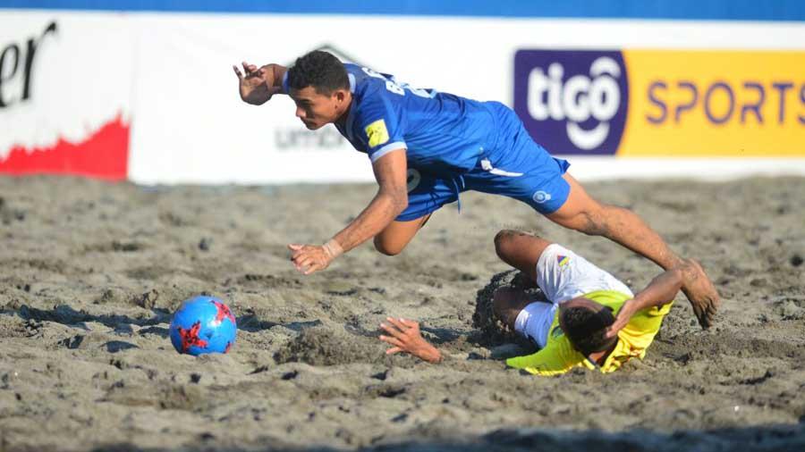 Copa Pilsener 2017: El Salvador 3 Ecuador 4. El-Salvador-Ecuador05