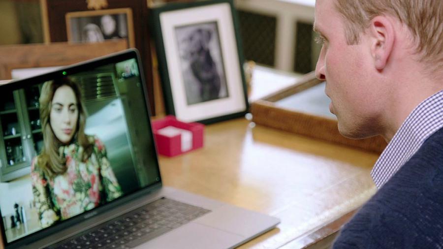 Guillermo de Inglaterra habla de salud mental con Lady Gaga