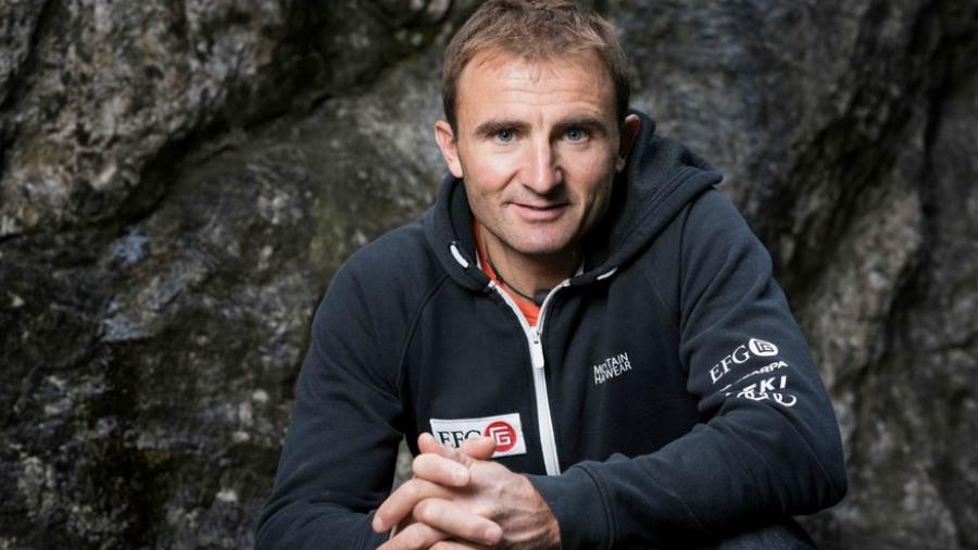 Muere Ueli Steck el famoso alpinista suizo tras accidente en el Everest