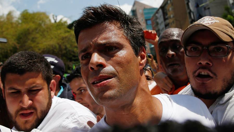 Lilian Tintori visita a Leopoldo López después de 35 días