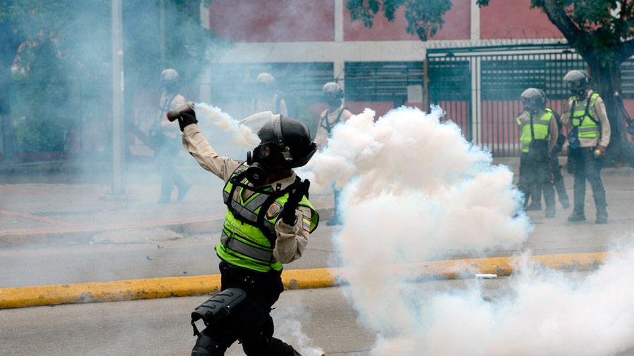 Conocé las bombas con excremento que lanzan en Venezuela — Puputov