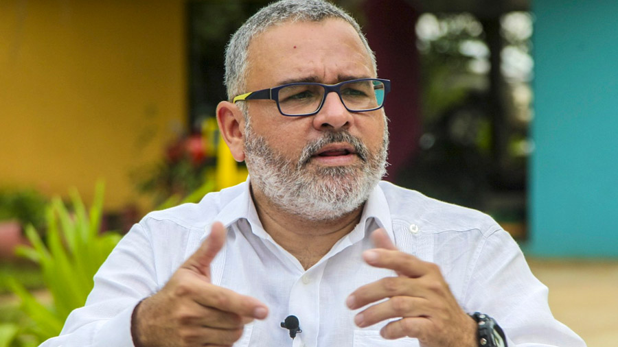 Mauricio Funes recibe salario de la Cancillería orteguista