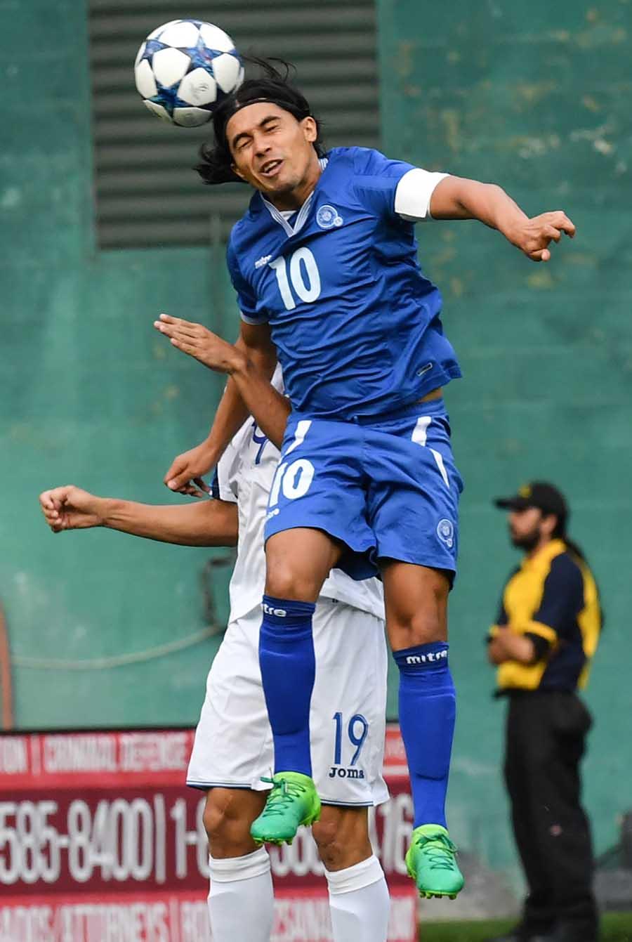 27-5-2017 - Amistoso El Salvador 2 Honduras 2. El-Salvadors-Gerson-15427637