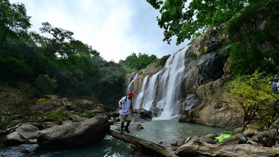 7 cascadas impresionantes para visitar en el salvador for Cascada par