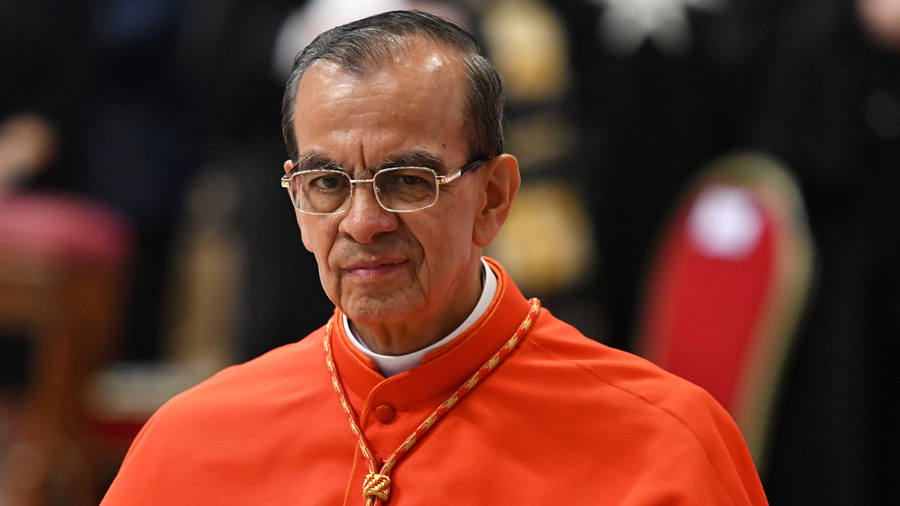 Cardenal pide a Bukele no convertir El Salvador en tercer país seguro