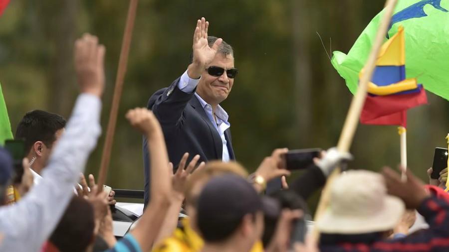 Expresidente Rafael Correa deja Ecuador para vivir en un país europeo