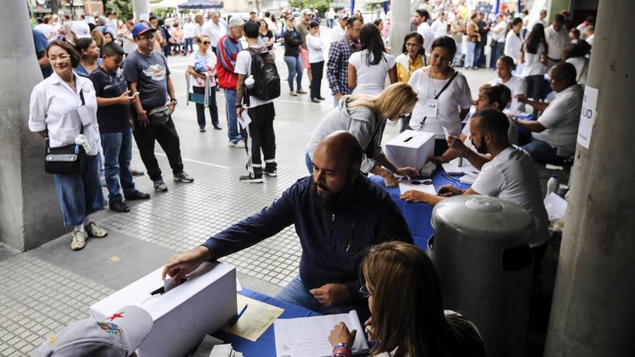 Oposición busca apoyo internacional para crear un Estado paralelo — Moncada