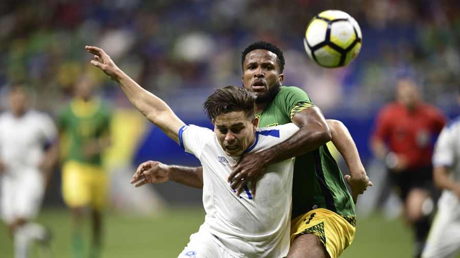 Jamaica y El Salvador empatan y pasan a cuartos de final