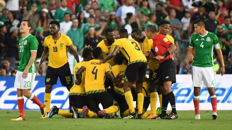 NOTA Y VIDEO - El equipo caribeño logró una victoria en los últimos  compases del juego y dejó al conjunto tricolor 4b7fad4b187db