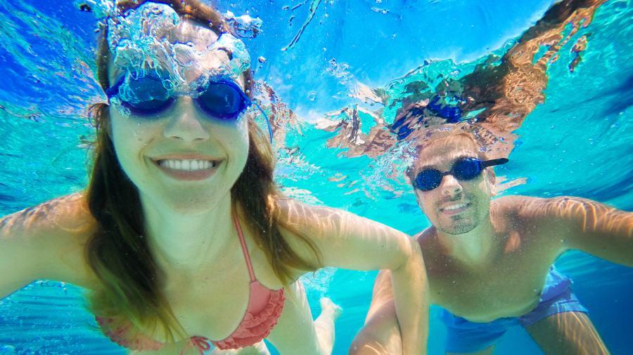 No solo el cloro de las piscinas irrita los ojos hay algo - Cloro en piscinas ...