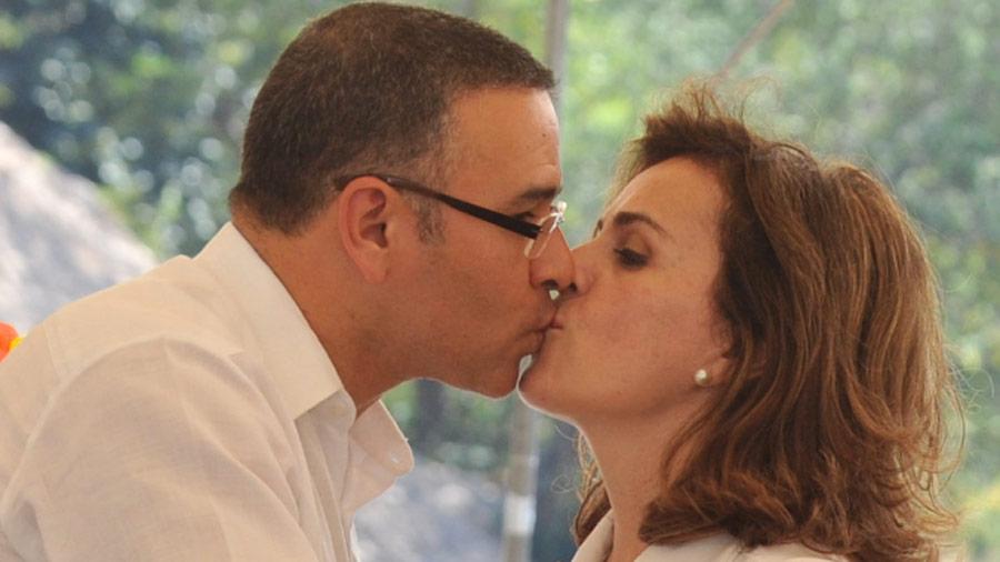 Declaran culpable de enriquecimiento ilícito a Mauricio Funes y su hijo