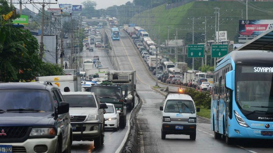 Enviado papal llega a El Salvador para celebraciones de natalicio de Romero