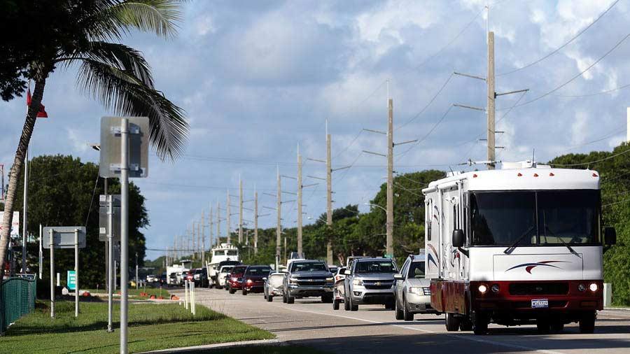 Toque de queda en Miami por el huracán Irma — Falta poco