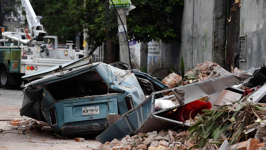 Ya son 61 los muertos por el terremoto en México