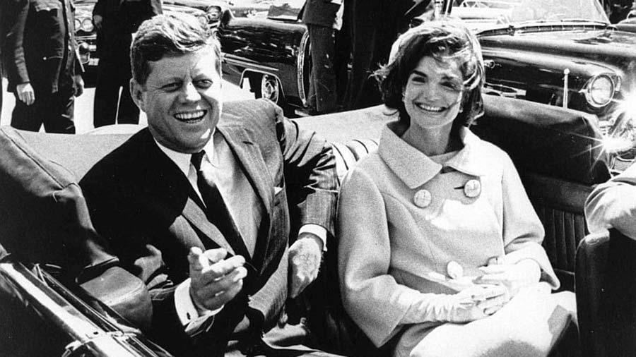 Oswald trató de conseguir visas en México, revelan archivos de JFK