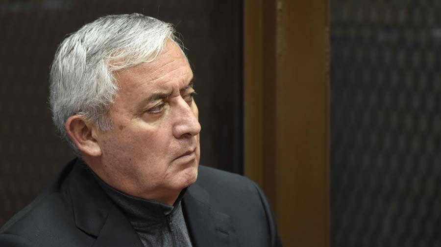 Prisión preventiva para expresidente de Guatemala Álvaro Colom y sus ministros