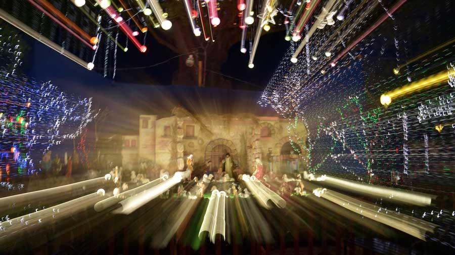 Navidad, Comunidad, Portada 2, árbol de Antiguo Cuscatlan.