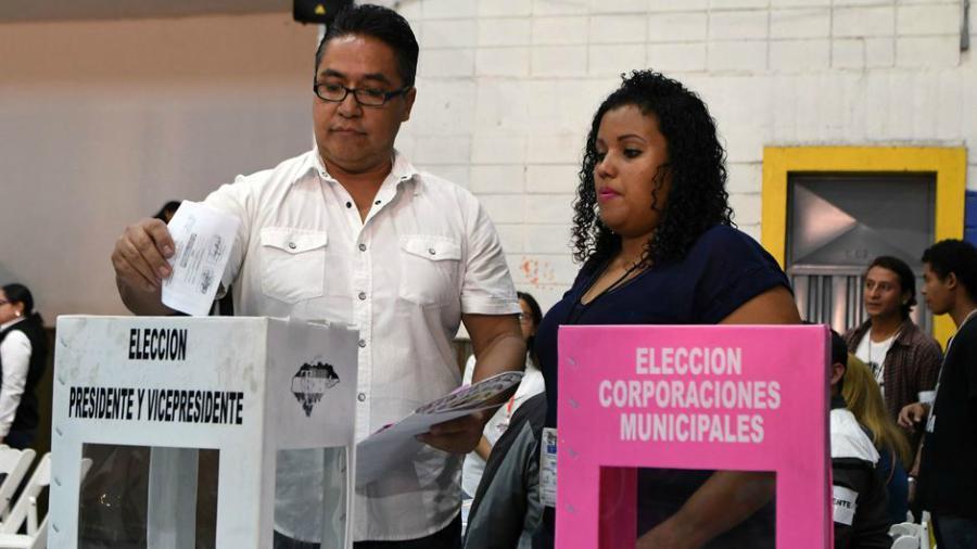Inician comicios generales en Honduras que definirán nuevos gobernantes