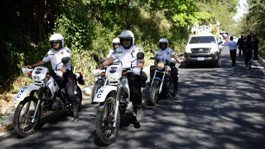Entierro-policía