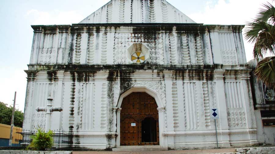 Iglesi El Pilar