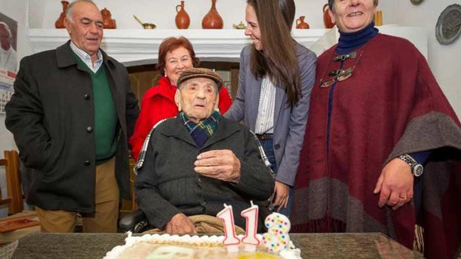 Viejos son los trapos: conocé al hombre más longevo del mundo