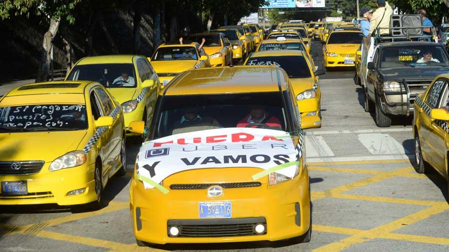 Taxistas piden prohibir operación de Uber — El Salvador