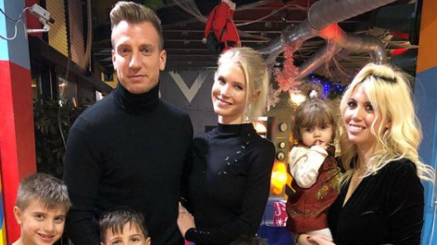 ¡La foto menos pensada! Wanda, Maxi y sus hijos juntos