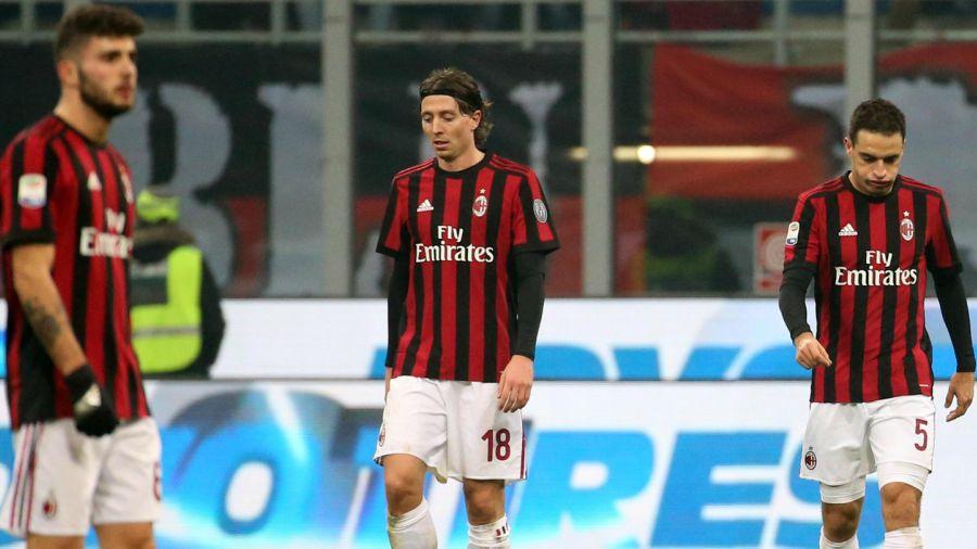 Milan fuera un año de competiciones Europeas — FUTBOL MUNDIAL