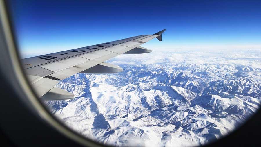 Suspenden vuelos a Estados Unidos por tormenta invernal