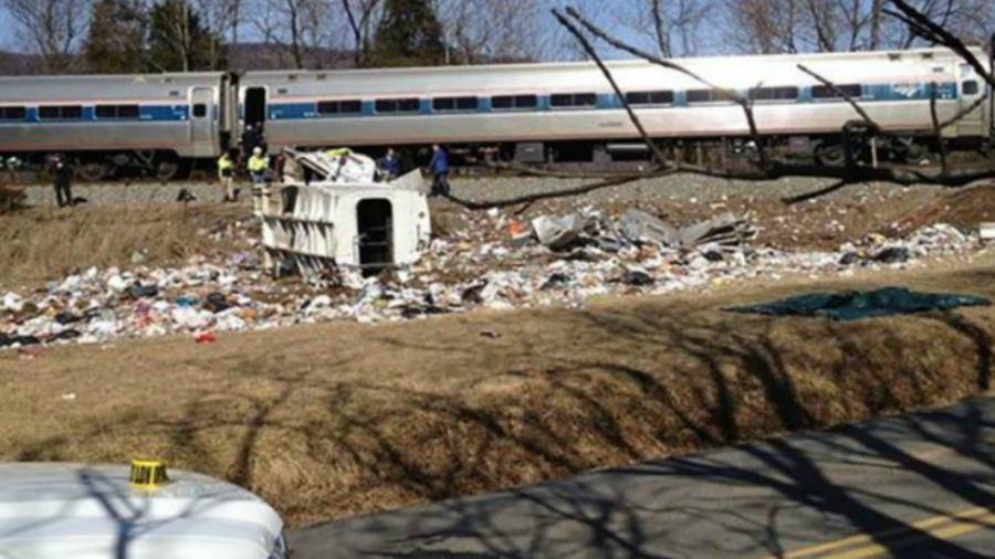 Tren con legisladores republicanos sufre accidente, reportan heridos graves — Virginia