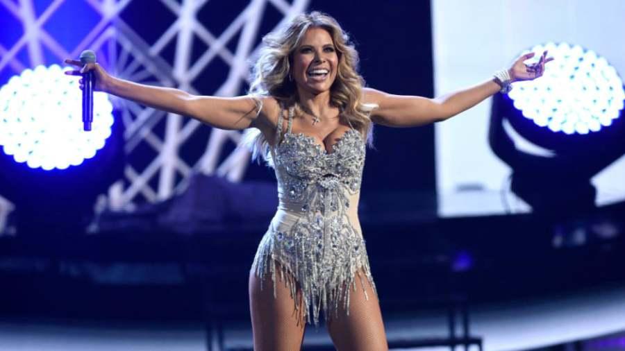 Gloria Trevi muestra de más durante concierto en Las Vegas