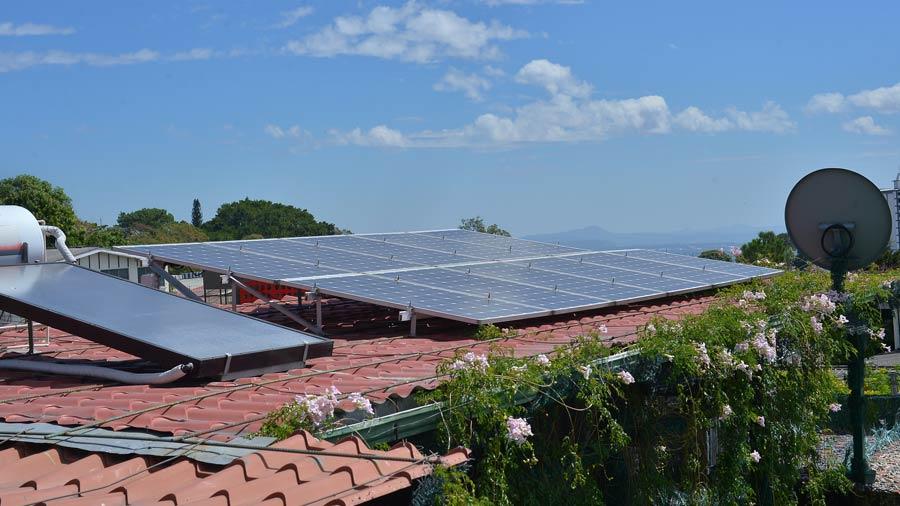 Cu nto cuesta instalar paneles solares en una casa - Paneles solares para abastecer una casa ...