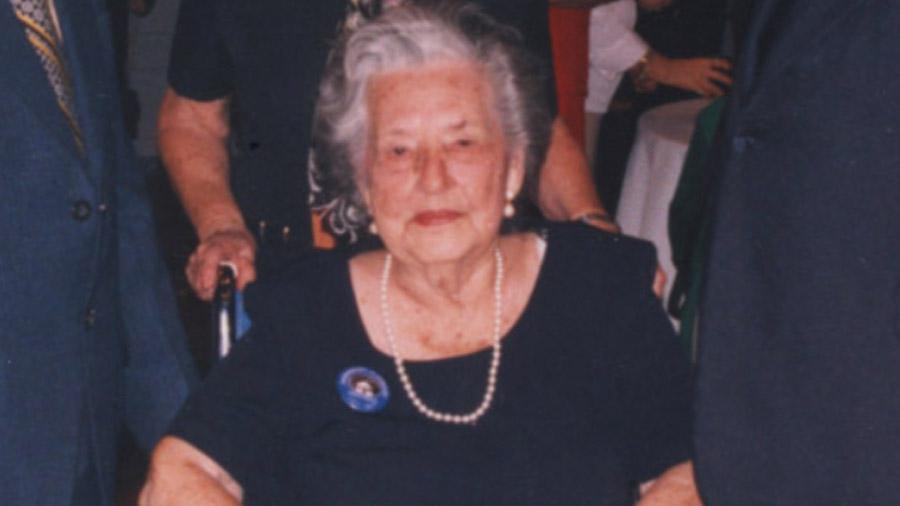 Adela-VAN-SEVEREN-alcaldesa