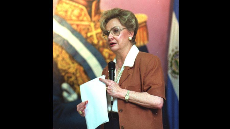 Ana-María-Gross