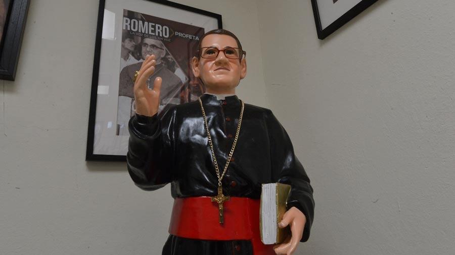 Monseñor-Romero-19