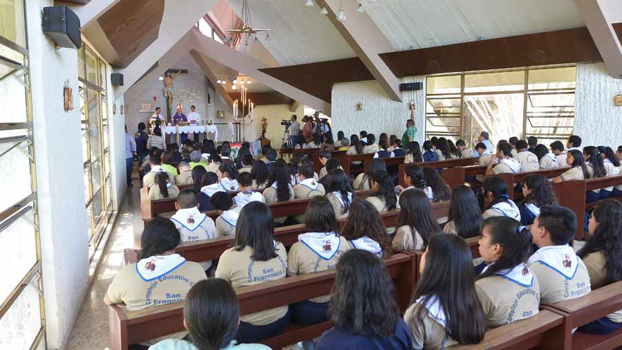 Misa  capilla  la divina providencia