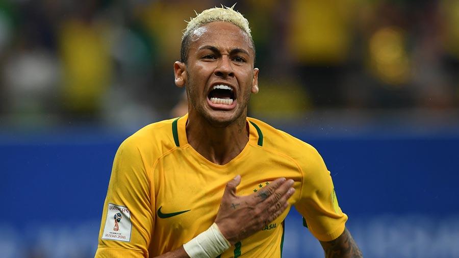 Neymar se atreve con unas rastas