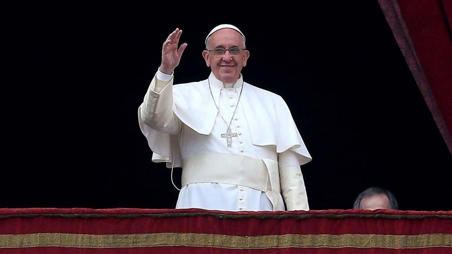 Las misas son gratuitas: Papa Francisco