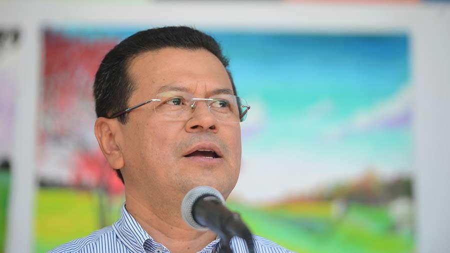 Miguel Pereira no será precandidato presidencial del FMLN