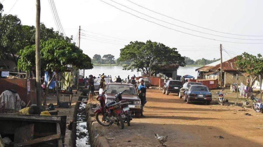 Al menos 15 personas mueren tras ataque contra iglesia católica en Nigeria