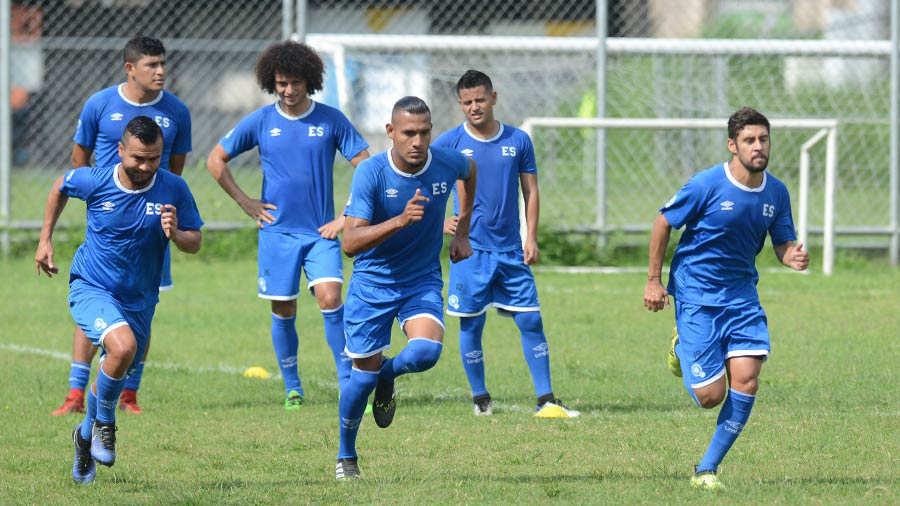 Preparacion para juego contra Honduras el sabado 2 de junio del 2018. Entreno-Selecta_02