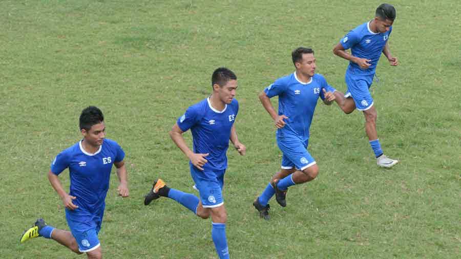 Preparacion para juego contra Honduras el sabado 2 de junio del 2018. Entreno-Selecta_04