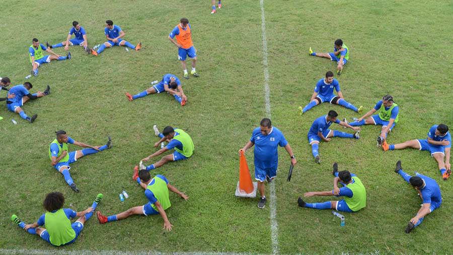 Preparacion para juego contra Honduras el sabado 2 de junio del 2018. Entreno-Selecta_08