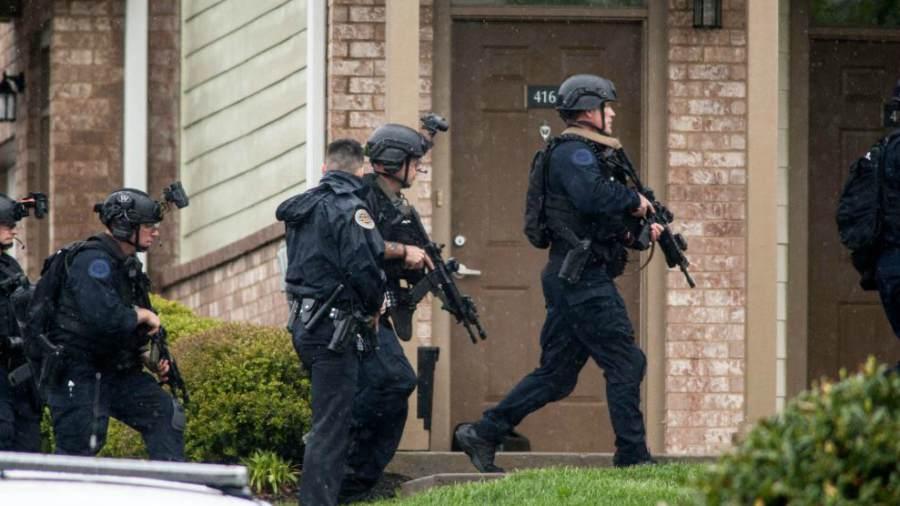 Detienen a sospechoso — Tiroteo en Kansas