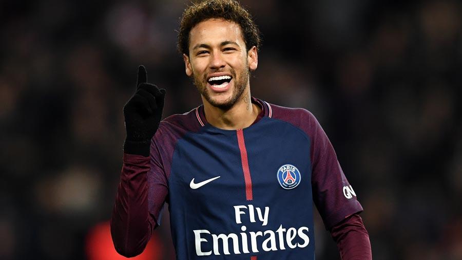 Ney se ríe de las burlas y se suma al 'Neymar Challenge'