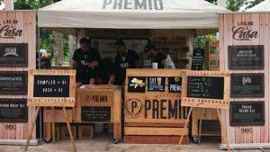 Uno de los stand de bebidas fue el de Cerveza Premio. También estuvo Cerveza Cadejo, Cervecería Santo Coraje y Beer Station. foto/cortesía de cerveza premio.
