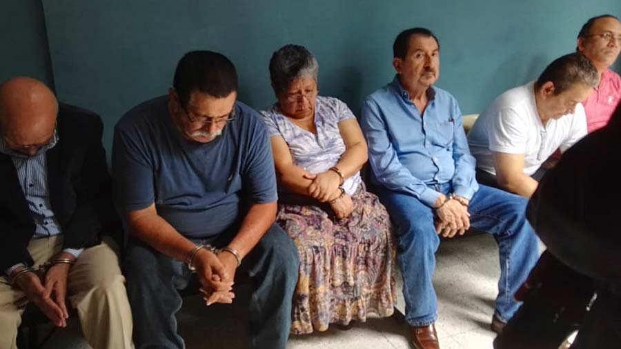 Caso-Mauricio-Funes-099