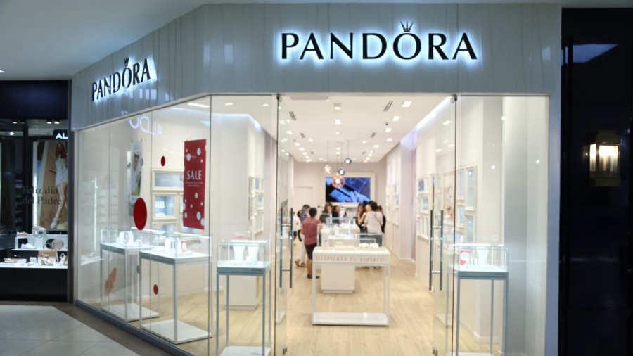 f0e9a0d695a3 Pandora sorprende con sus rebajas de medio año | Noticias de El ...