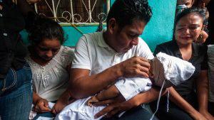 """Insólito: Régimen de Ortega registró asesinato de bebé de 14 meses como """"sospecha de suicidio"""" y ahora su padre teme por su vida"""