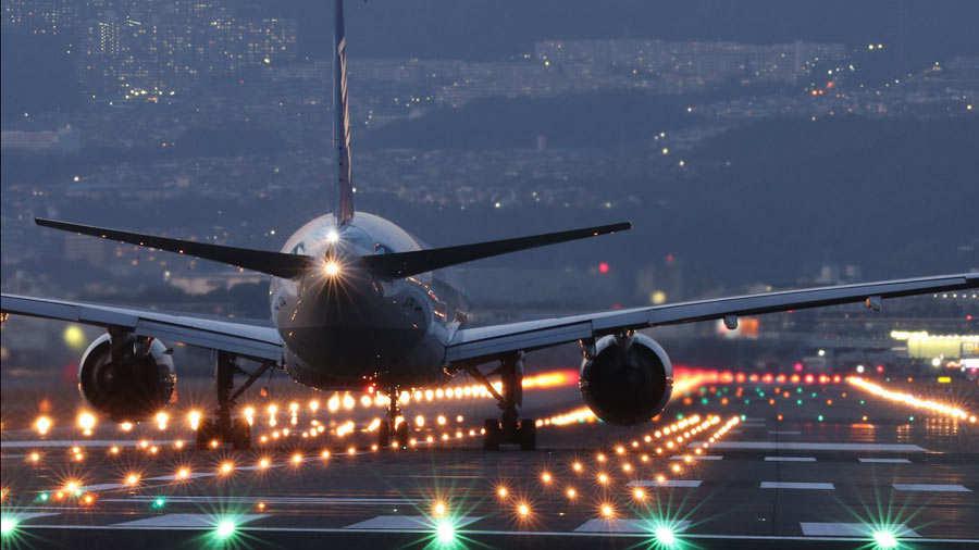 Resultado de imagen para Transporte aéreo en Latinoamérica y Caribe genera 156.000 millones de dólares
